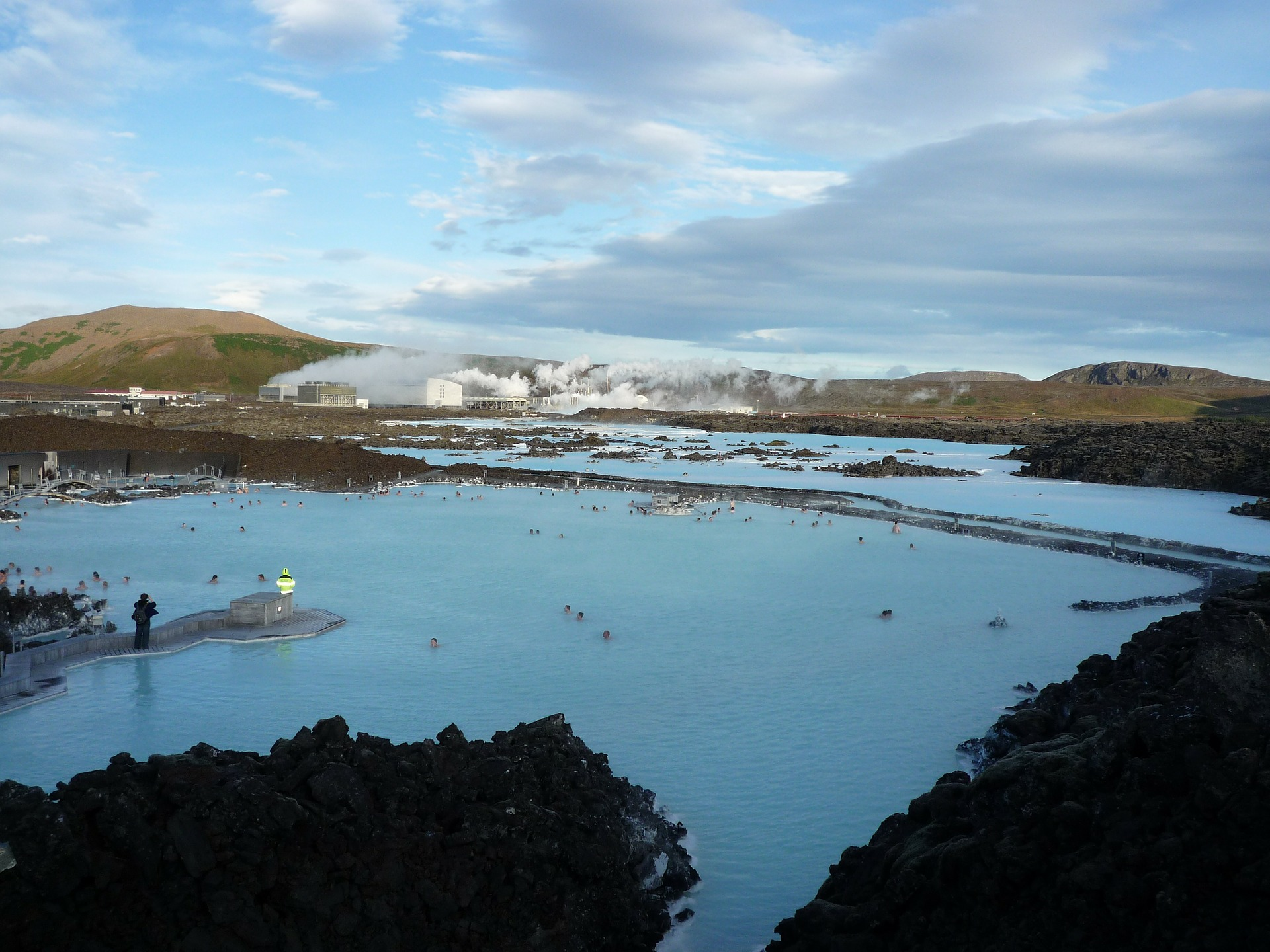 large view of blue lagoon in iceland